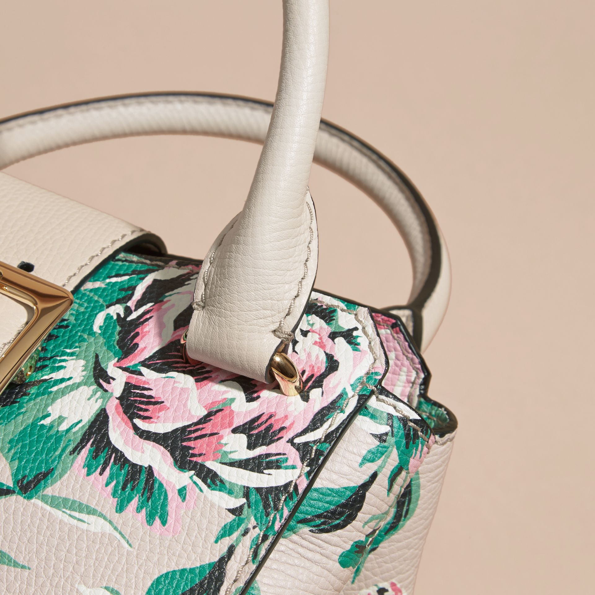 The Small Buckle Tote in Peony Rose Print Leather in Natural/emerald Green - gallery image 7