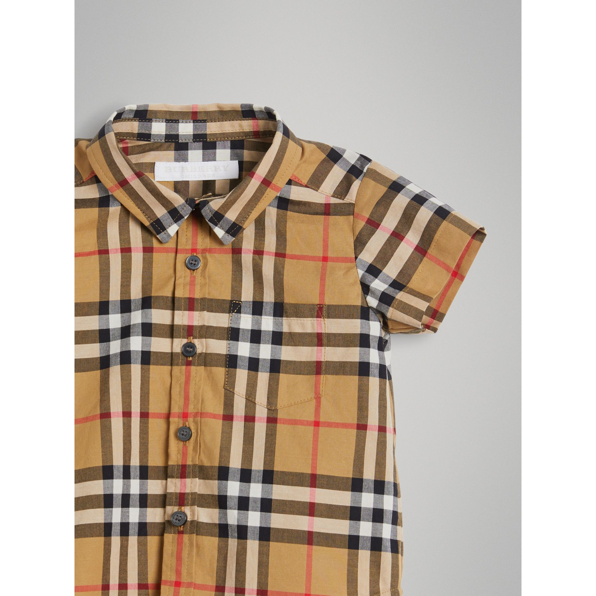 Short-sleeve Vintage Check Cotton Shirt in Antique Yellow | Burberry Australia - gallery image 4