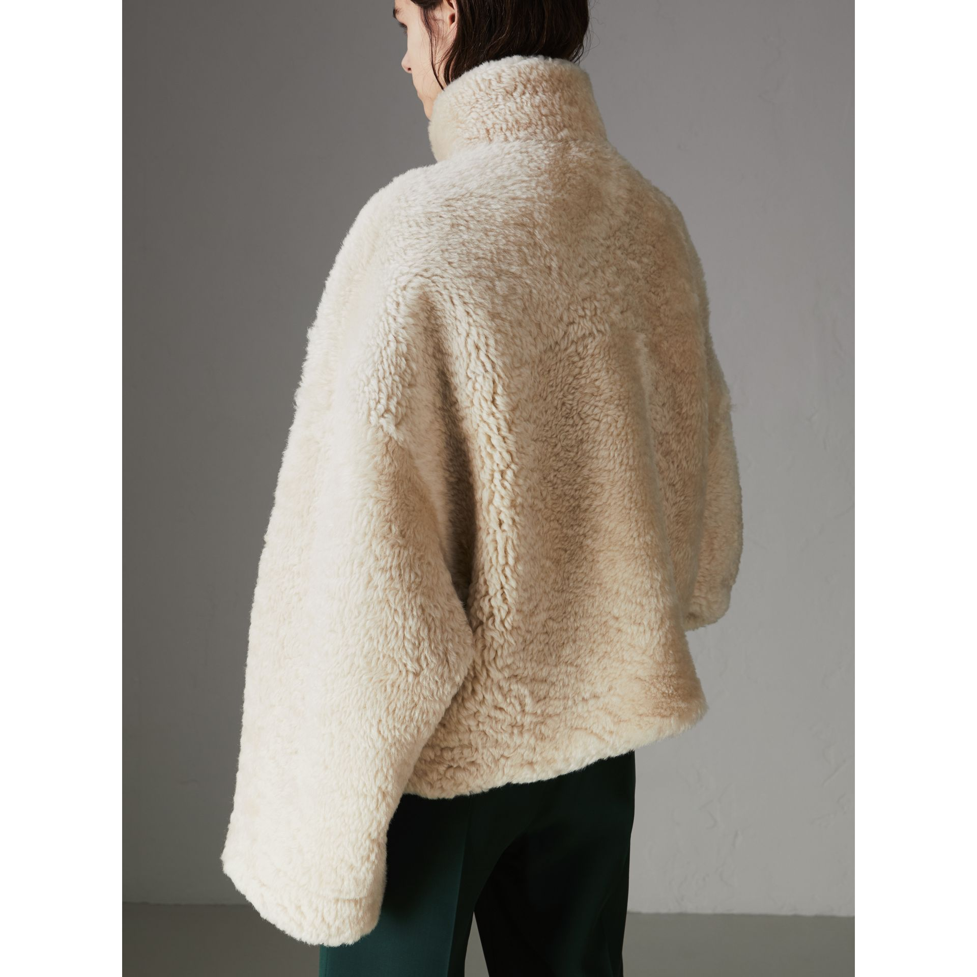 Contrast Zip Shearling Funnel-neck Jacket in Natural White - Women | Burberry Singapore - gallery image 2