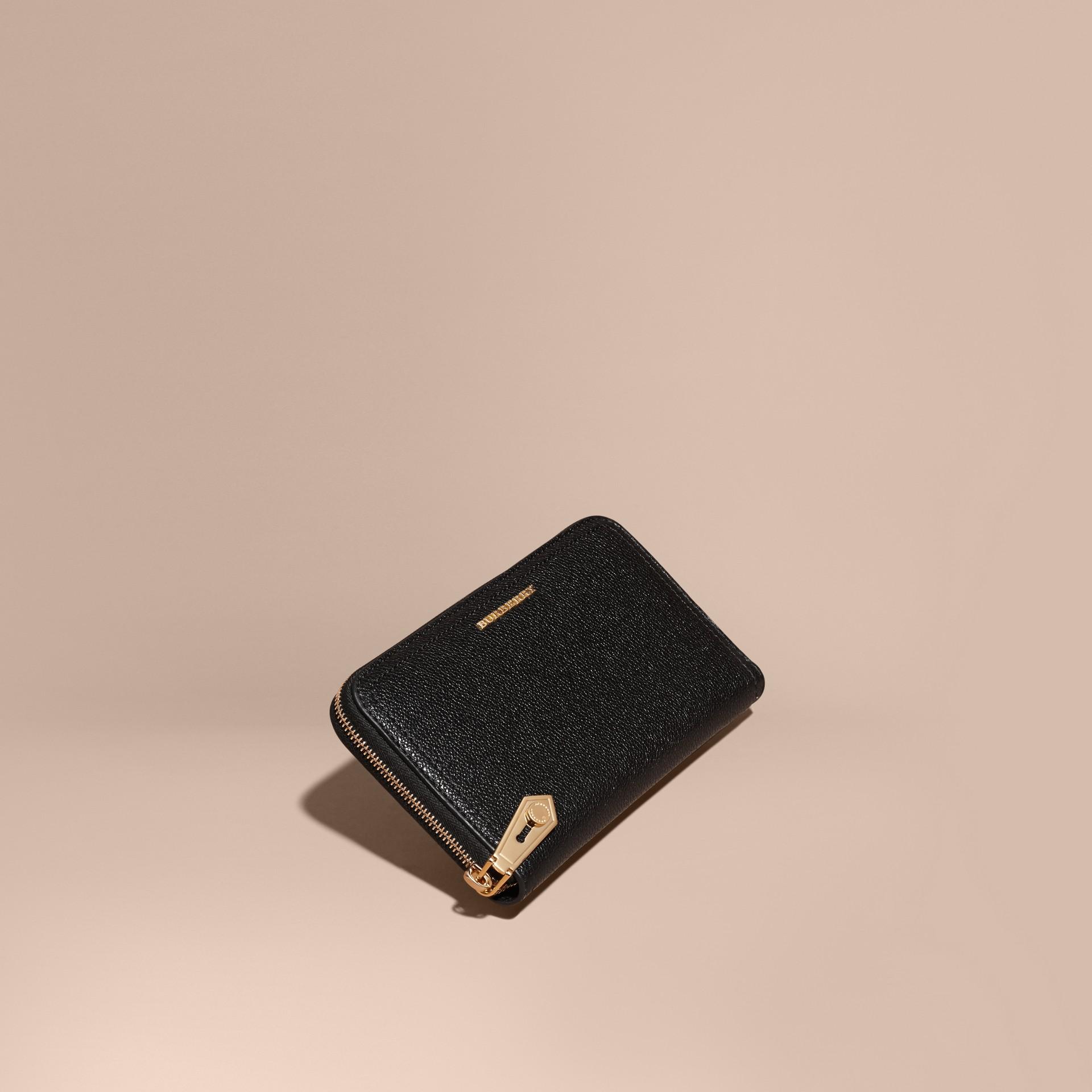 Nero Portafoglio in pelle a grana con cerniera su tre lati Nero - immagine della galleria 1