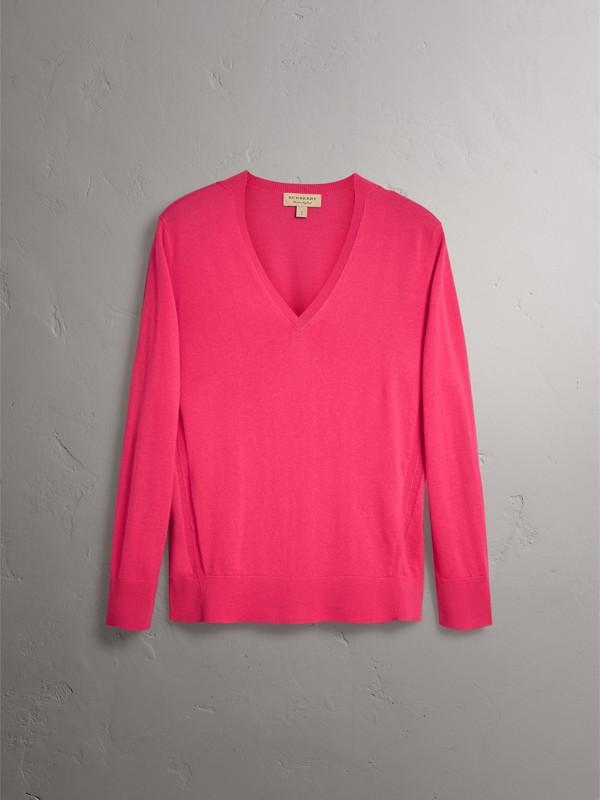 Pullover in cashmere con scollo a V e dettagli tartan (Rosa Intenso) - Donna | Burberry - cell image 3