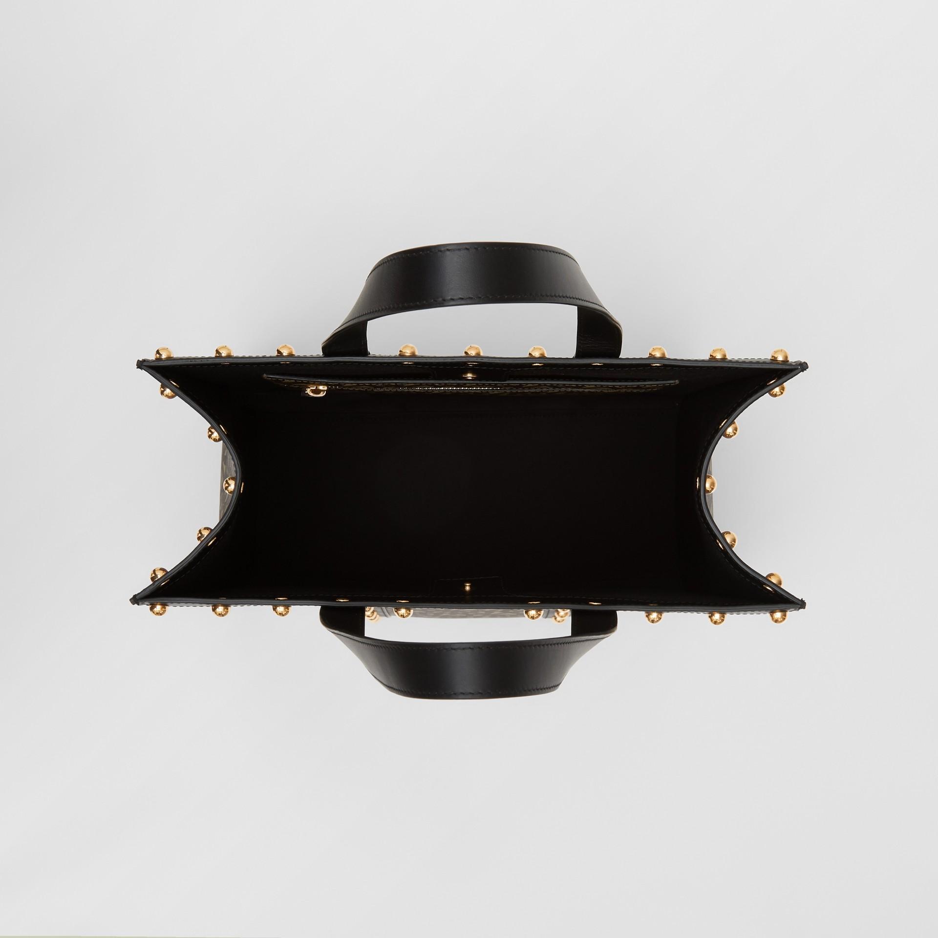 Bolsa Tote em lona ecológica com retrato e estampa de monograma (Preto) | Burberry - galeria de imagens 5
