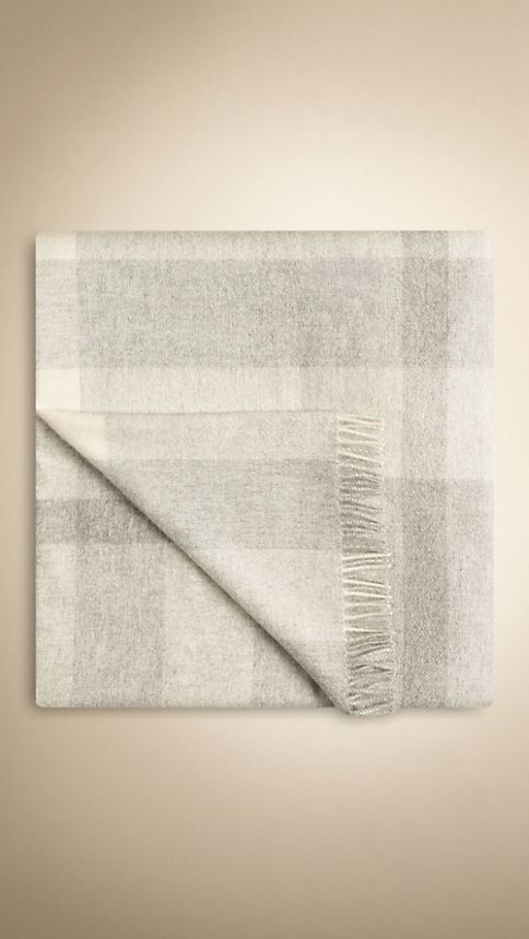Pale grey Check Cashmere Blanket - Image 1
