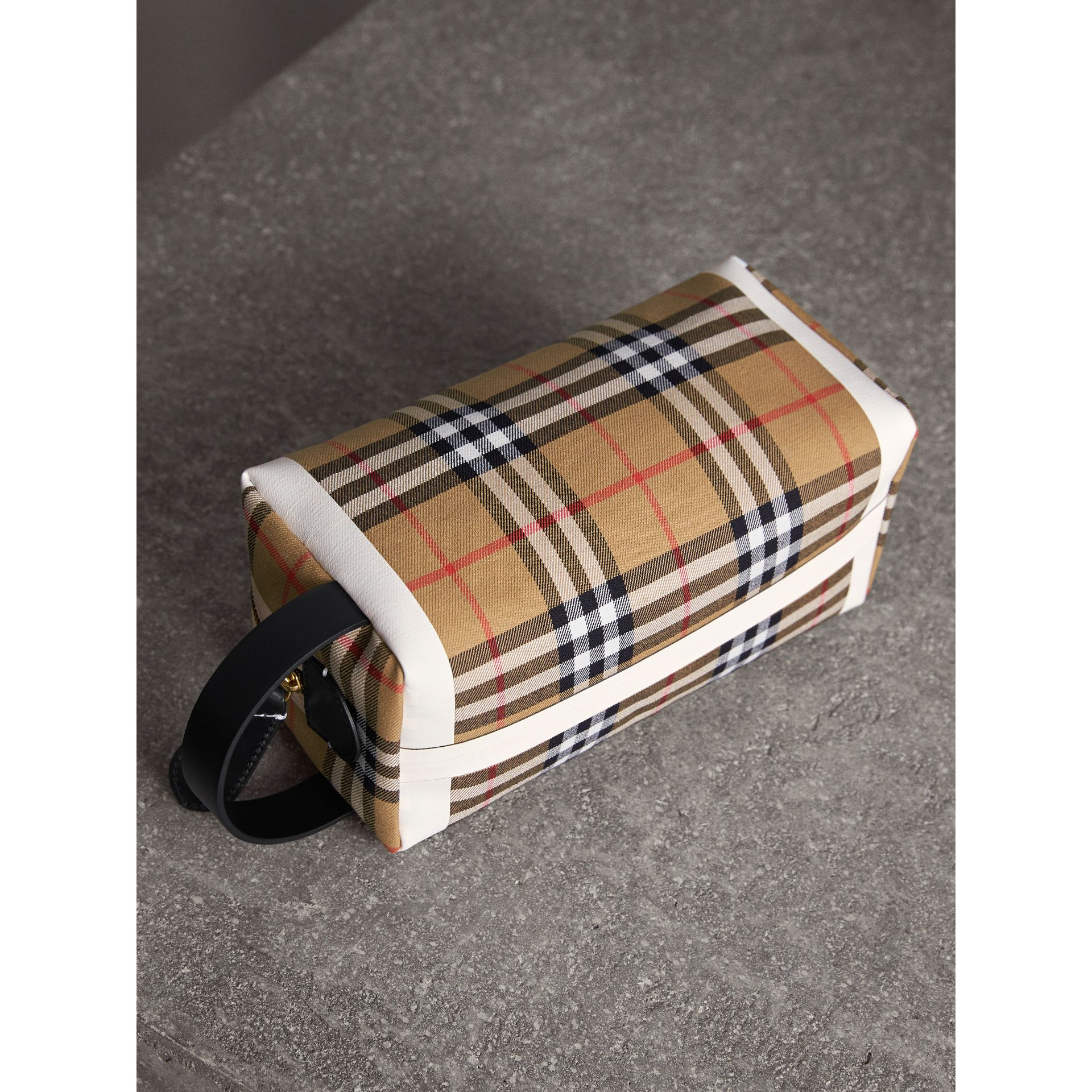 Vintage Check and Tartan Cotton Pouch in Antique Yellow/ochre Yellow | Burberry Singapore - gallery image 5