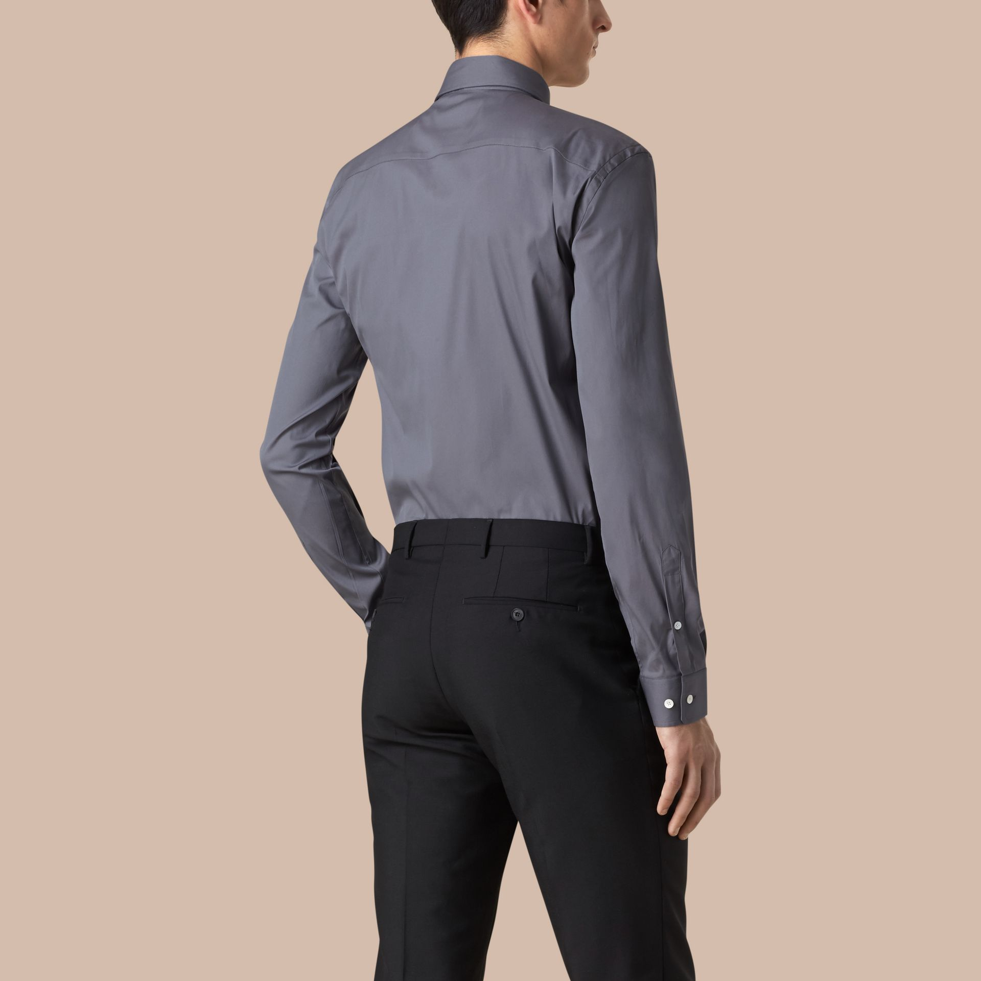 Modern Fit Stretch Cotton Shirt in City Grey - gallery image 3