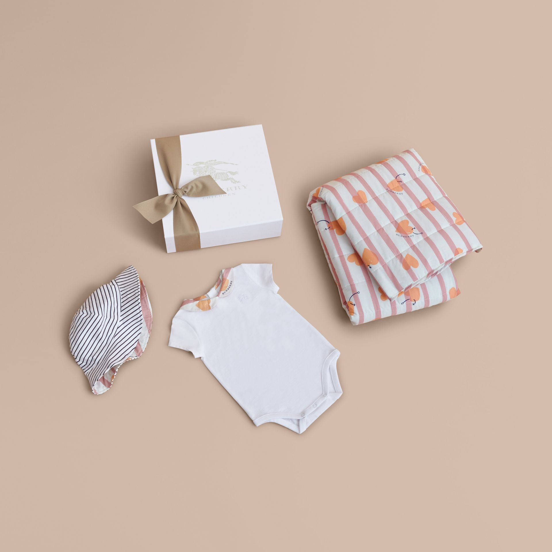 Hooked Heart Print Cotton Three-piece Baby Gift Set - gallery image 1