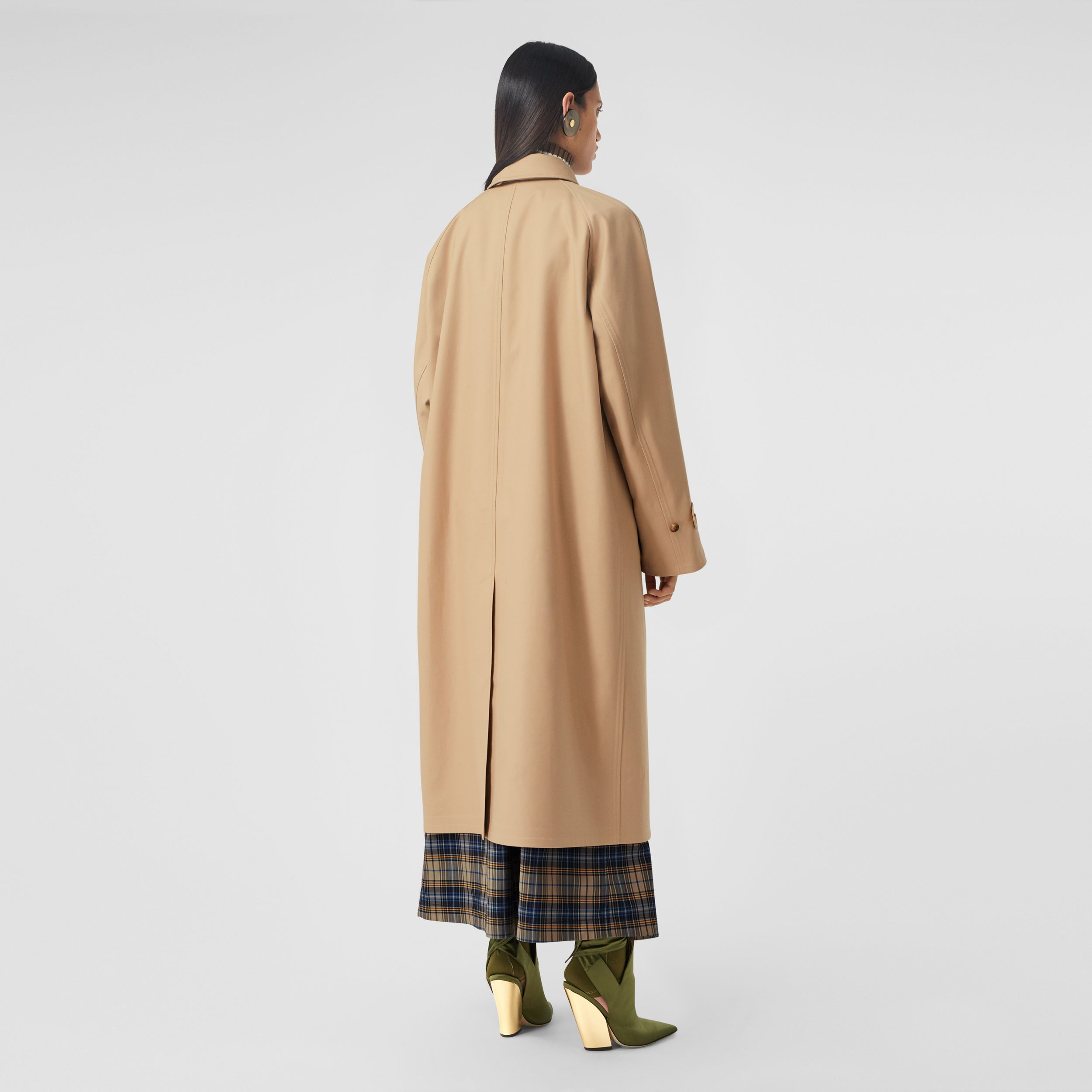 Cotton Gabardine Reconstructed Car Coat in Soft Fawn - Women | Burberry United Kingdom - 3