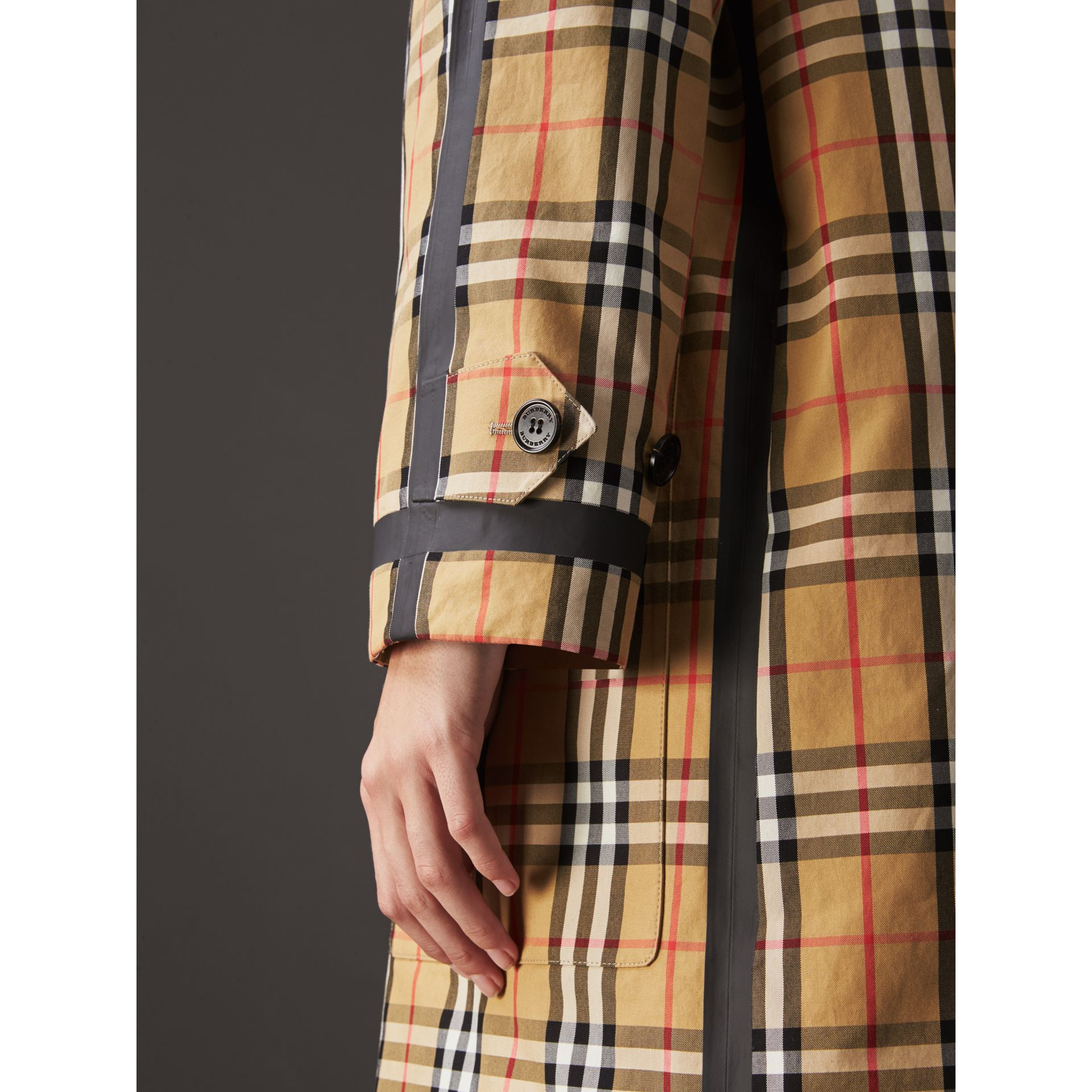 Reversible Vintage Check Gabardine Car Coat in Antique Yellow - Women | Burberry United Kingdom - gallery image 5