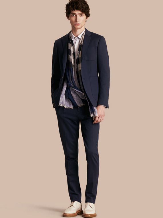 Slim Fit Cotton Blend Travel Tailoring Suit in Navy