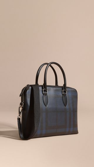 The Barrow Bag in London Check