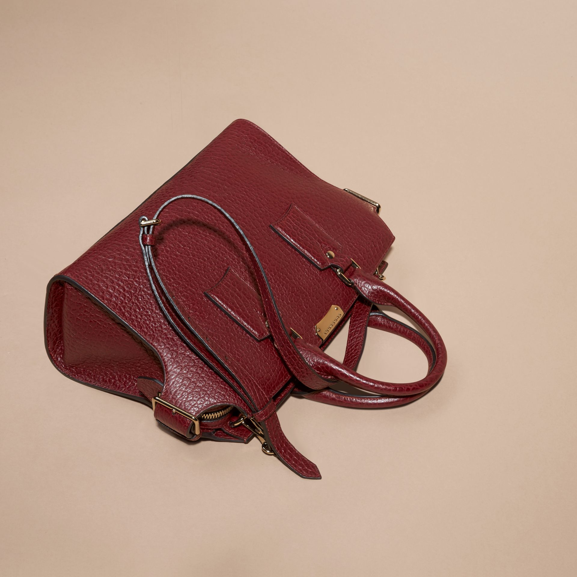 Deep red The Medium Clifton in Signature Grain Leather - gallery image 8