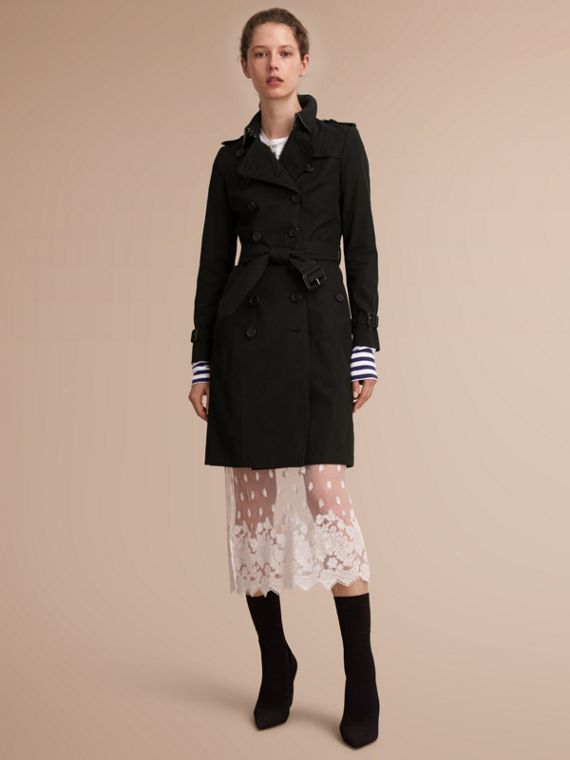 The Chelsea – Long Heritage Trench Coat in Black - Women | Burberry Singapore