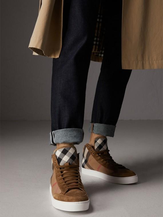 House 格紋棉拼小牛麂皮高筒運動鞋 (亞麻棕色) - 男款 | Burberry - cell image 2