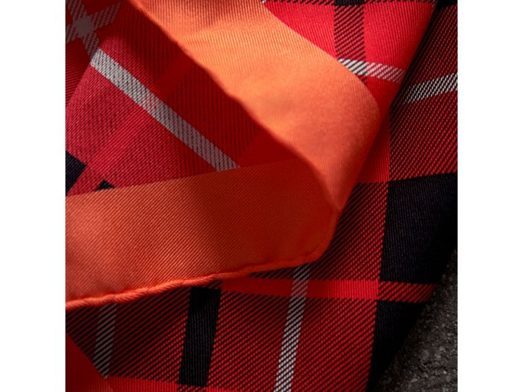 The Burberry Bandana in Check Silk in Vibrant Red | Burberry - cell image 1