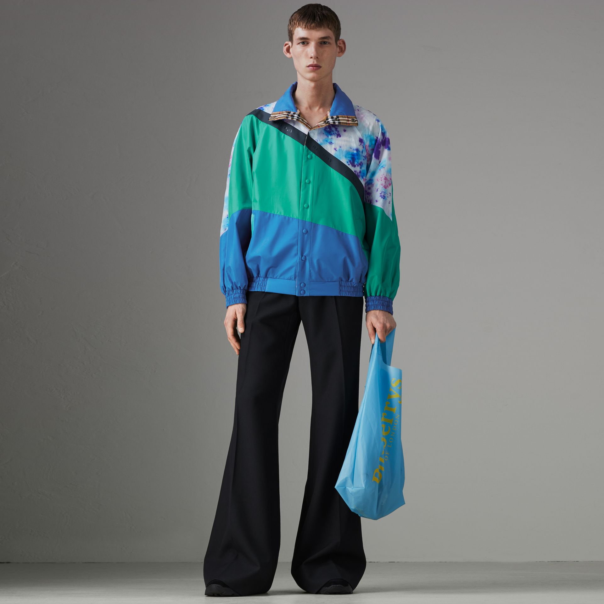 Reversible Tie-dye Silk Shell Suit Jacket in Turquoise | Burberry Singapore - gallery image 0