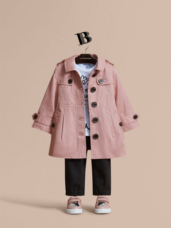 Trench coat de botonadura simple en algodón (Rosa Pálido)