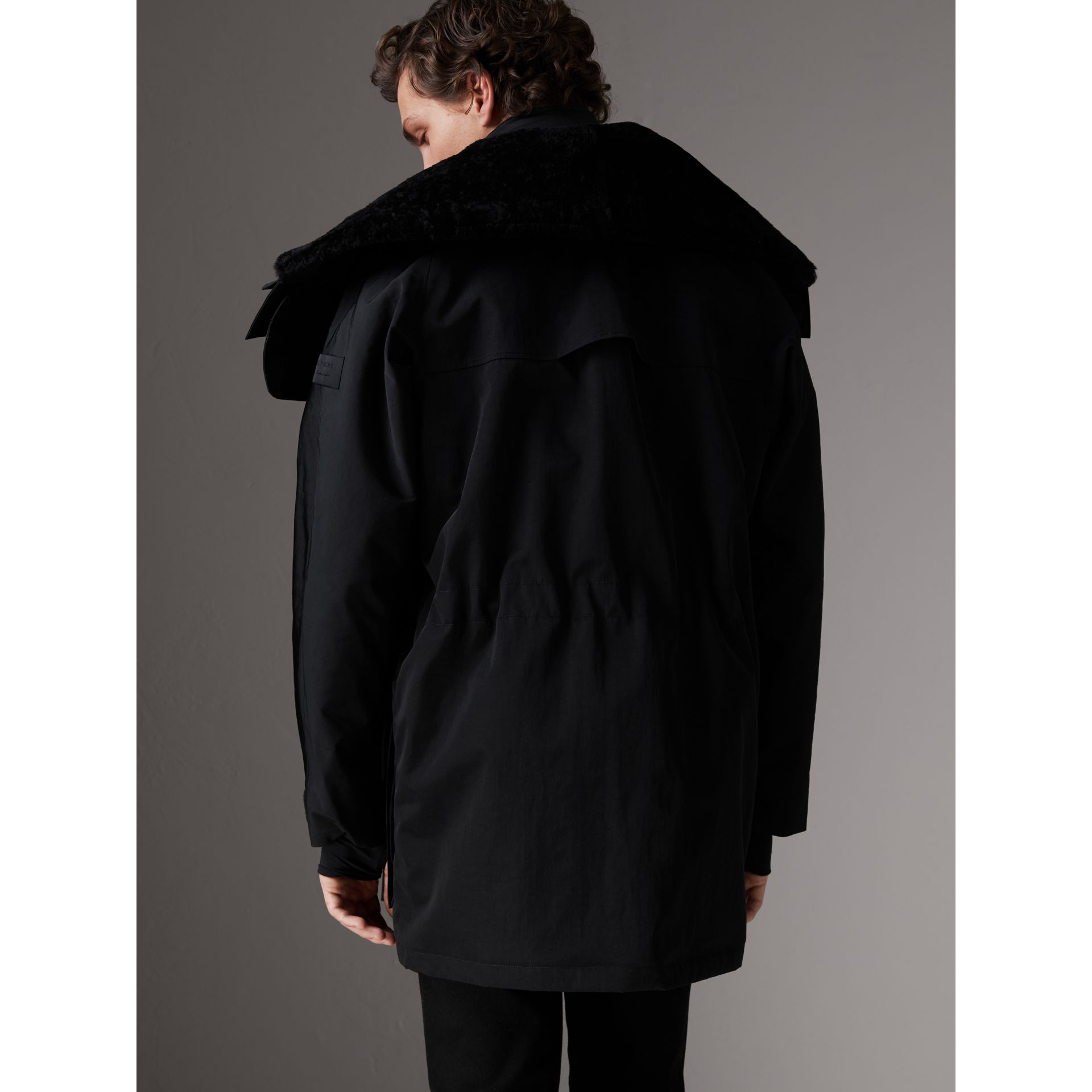 Detachable Shearling Collar Modular Jacket with Warmer in Black - Men | Burberry Canada - gallery image 2