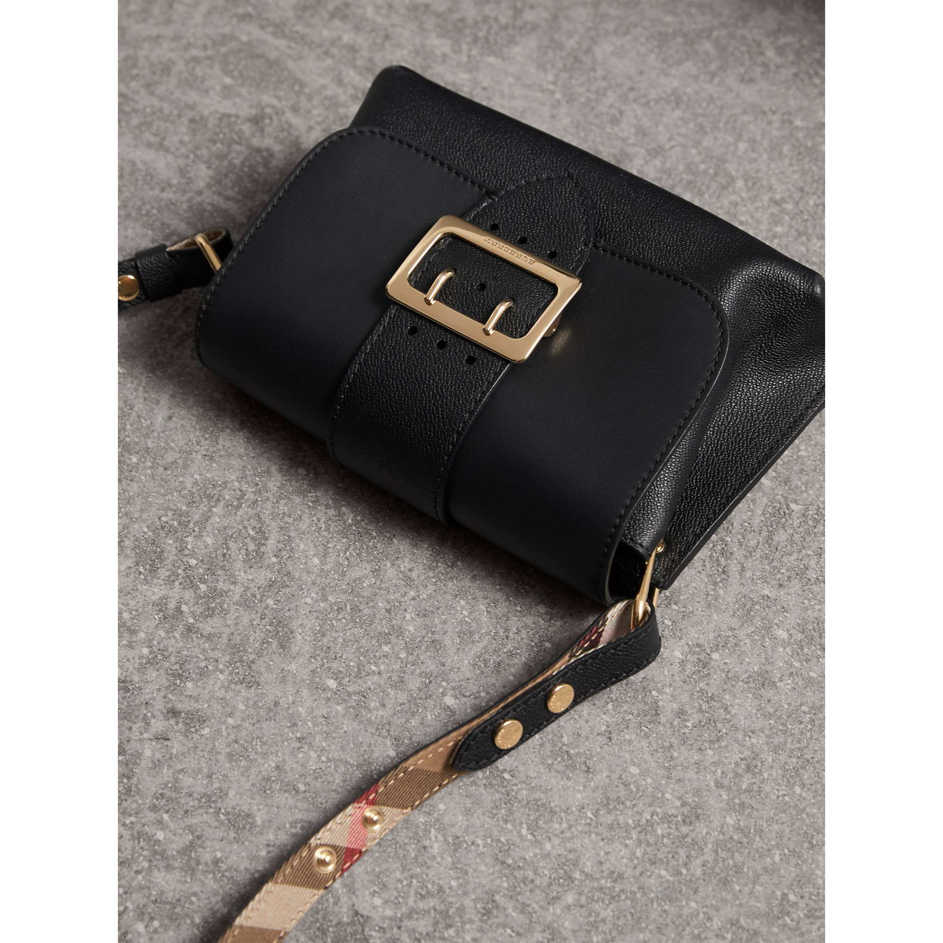 The Buckle Crossbody Bag in Leather in Black - Women | Burberry - gallery image 5