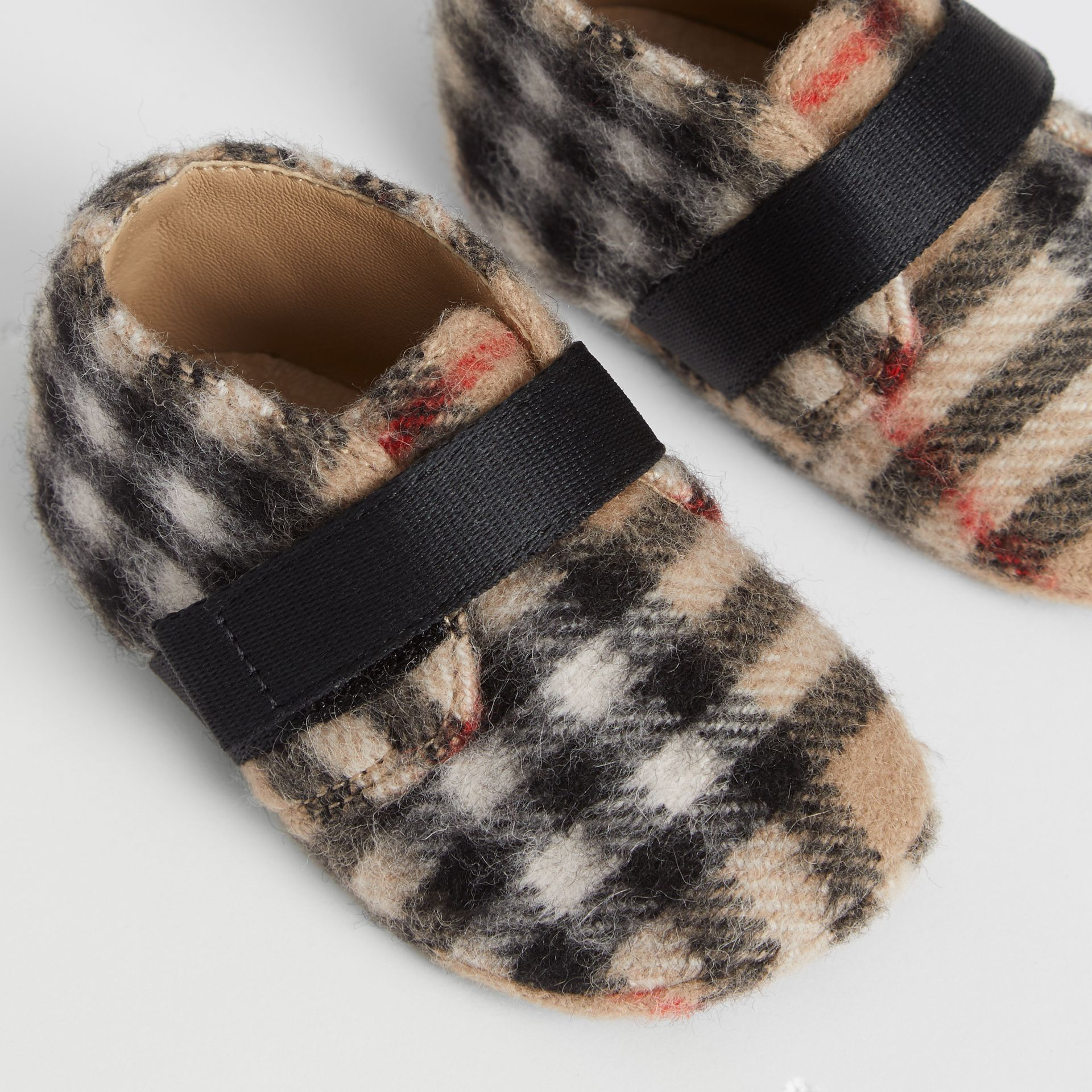 Vintage Check Wool Shoes in Archive Beige - Children | Burberry - gallery image 1
