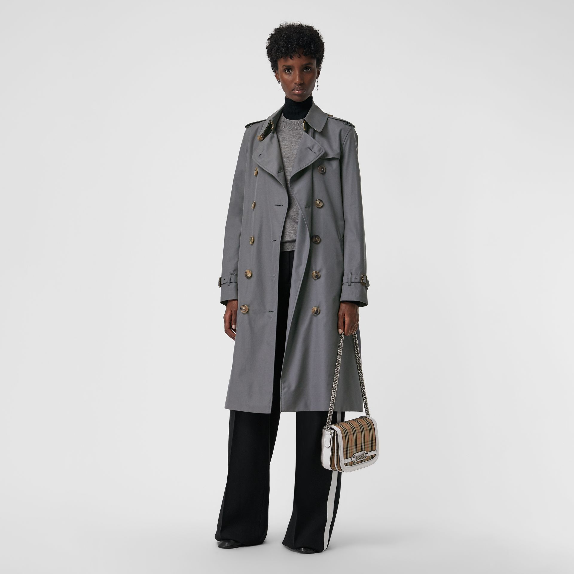 The Kensington – Trench Heritage long (Gris Moyen) - Femme | Burberry - photo de la galerie 6