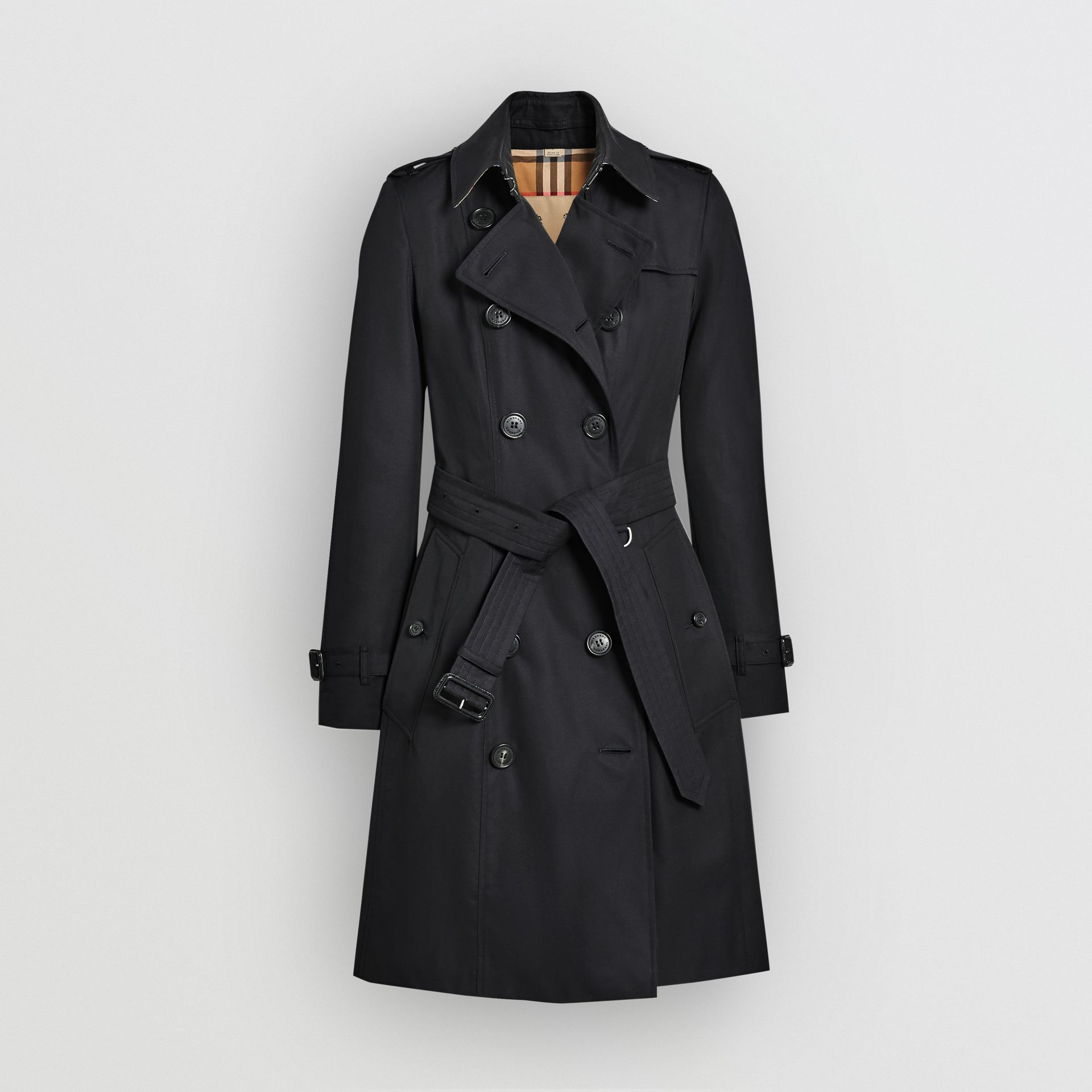 The Chelsea Heritage Trench Coat in Midnight - Women | Burberry Singapore - gallery image 3