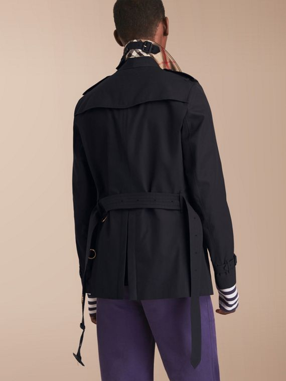 The Chelsea – Short Heritage Trench Coat in Navy - cell image 2