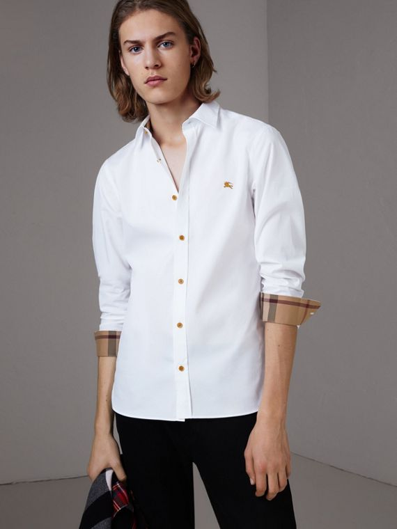 Resin Button Cotton Poplin Shirt in White