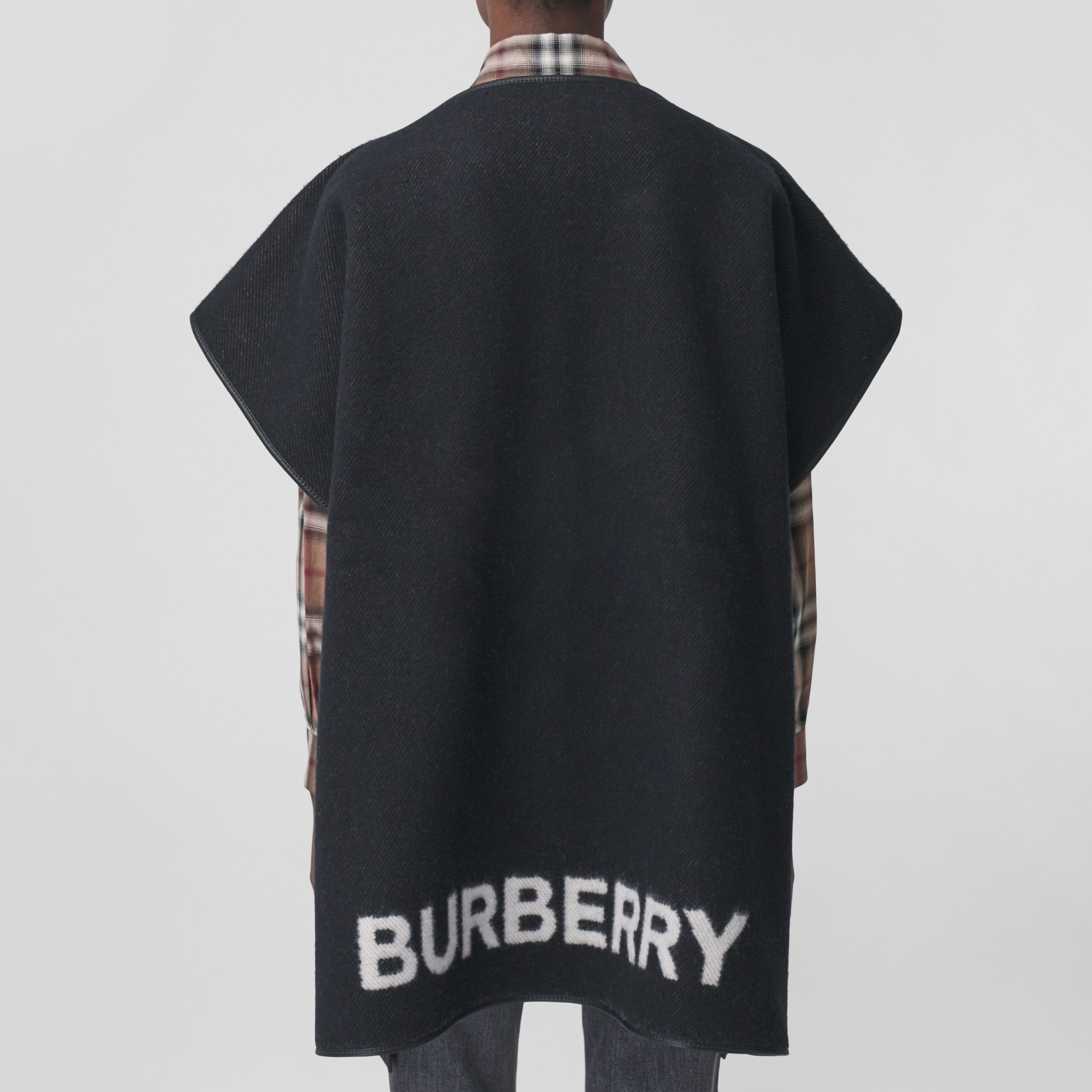 Love Motif Wool Cashmere Jacquard Cape in Black - Women | Burberry - 3