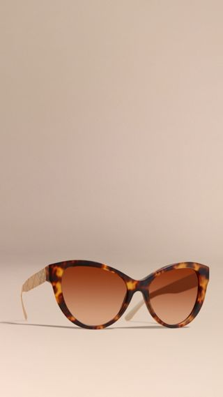 3D Check Cat-eye Sunglasses