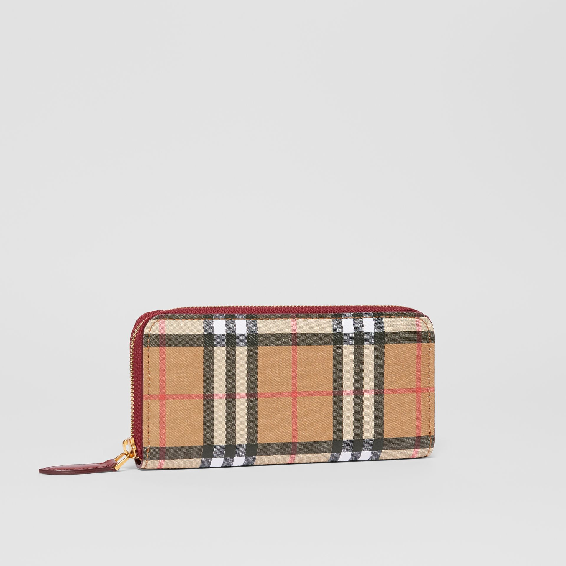 Vintage Check and Leather Ziparound Wallet in Crimson - Women | Burberry Hong Kong S.A.R - gallery image 4
