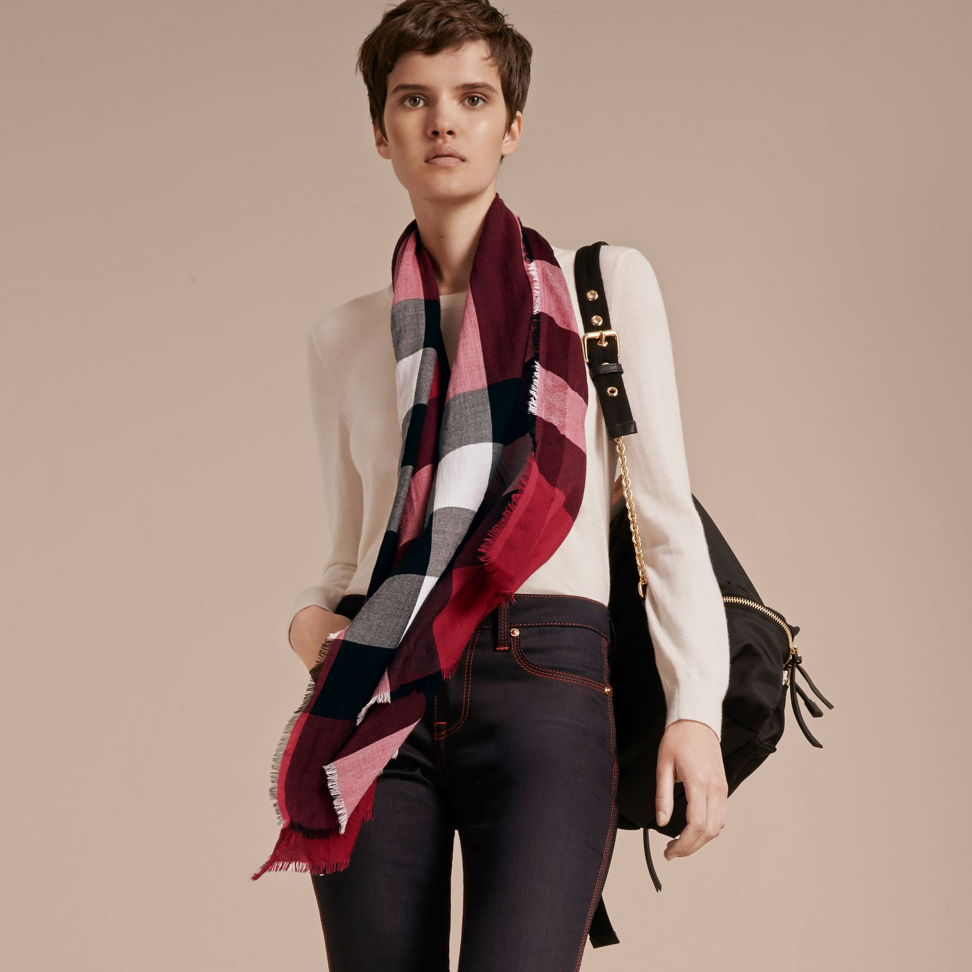 The Lightweight Cashmere Scarf in Check in Fuchsia Pink - gallery image 3