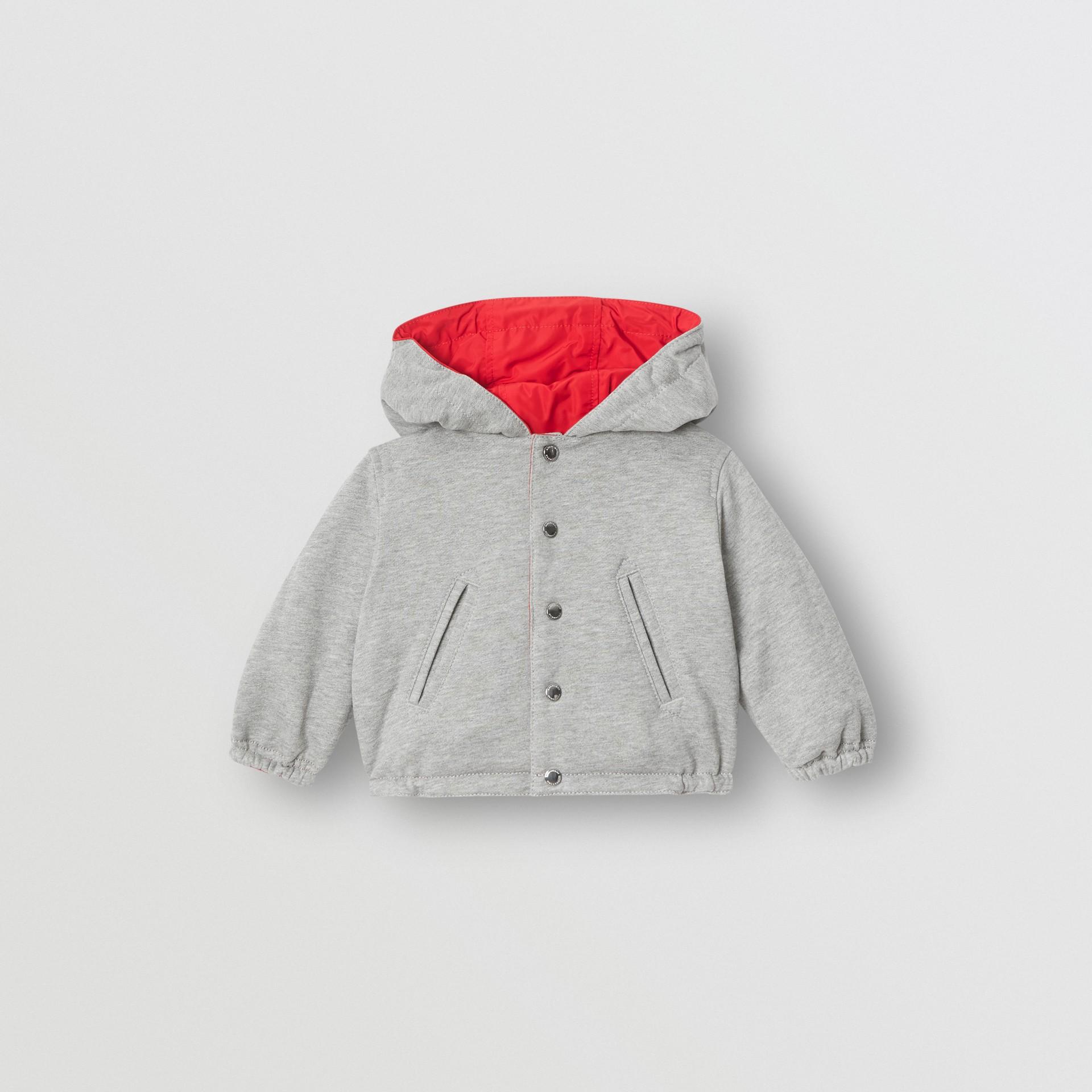 Chaqueta reversible con capucha y logotipo estampado (Rojo Intenso) - Niños | Burberry - imagen de la galería 3