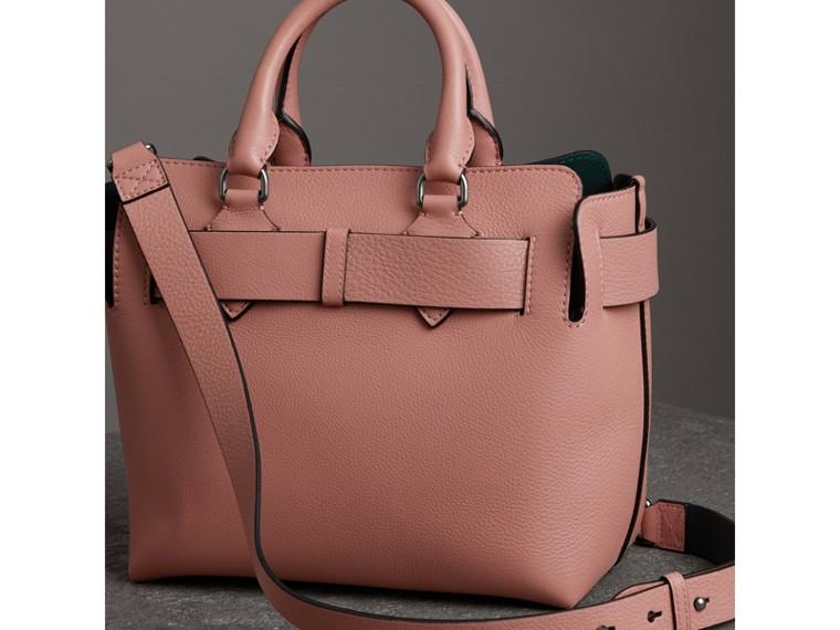 Petit sac TheBelt en cuir (Rose Cendré) - Femme   Burberry Canada - cell image 4