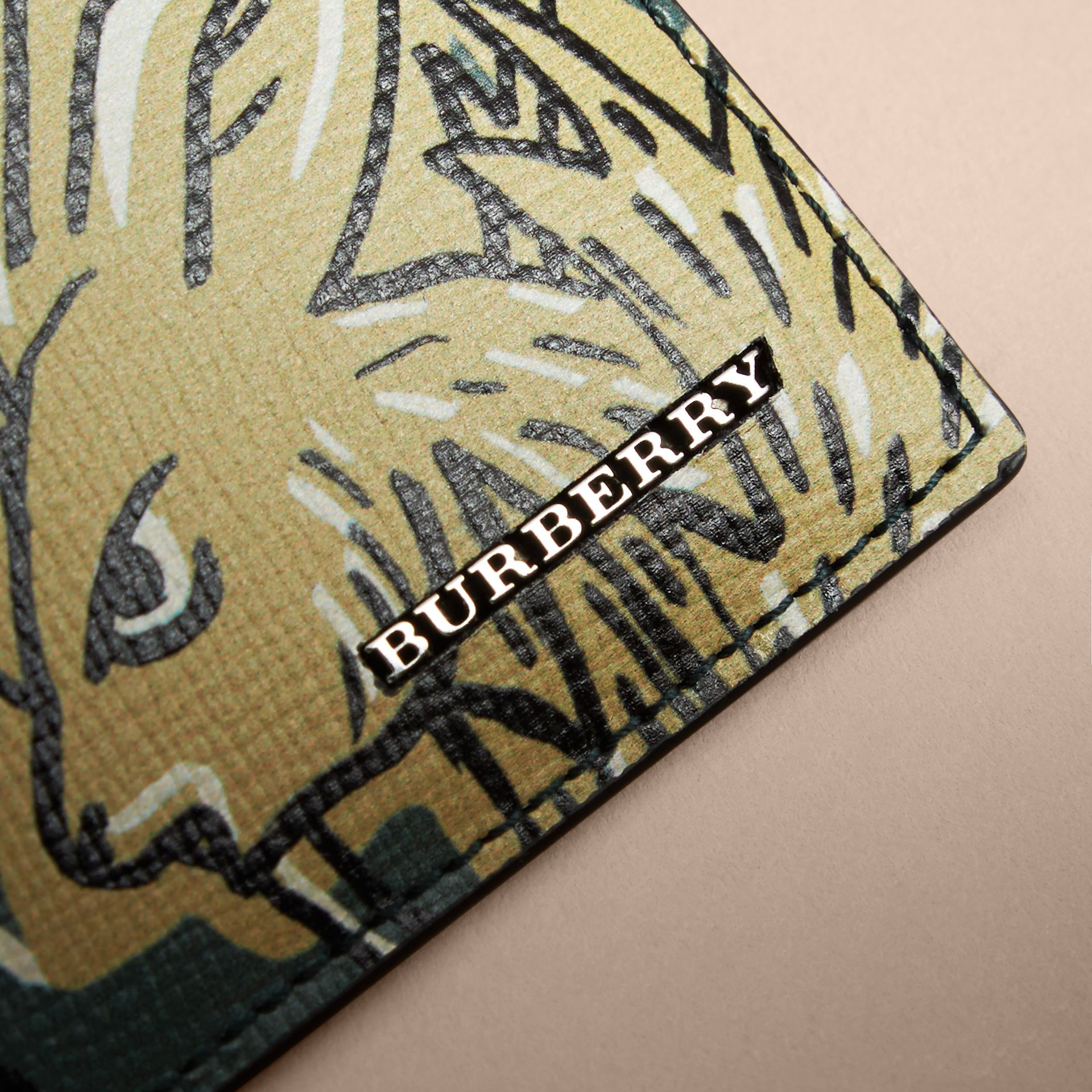 Beasts Print Leather Card Case in Sage Green - Men | Burberry Hong Kong - gallery image 2