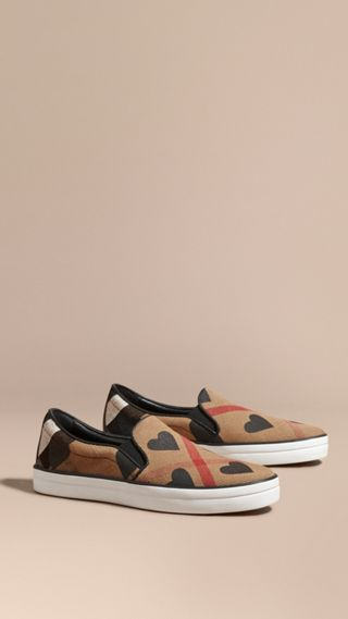 Check and Heart Print Slip-on Trainers