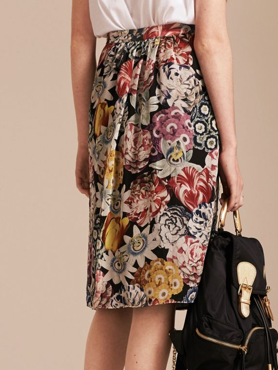 Black Gathered Floral Print Silk Skirt - cell image 2