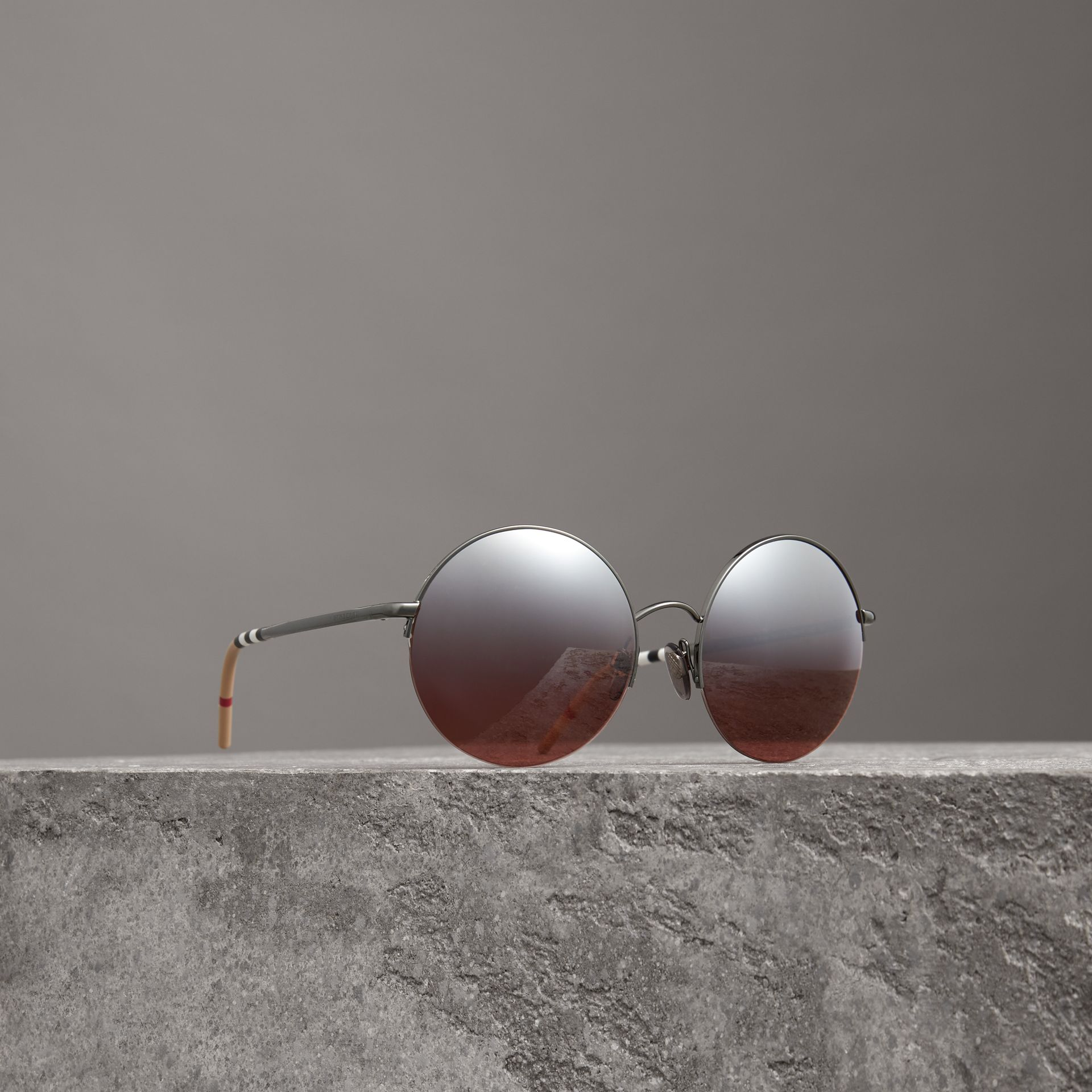 Mirrored Round Frame Sunglasses in Burgundy - Women | Burberry Canada - gallery image 0