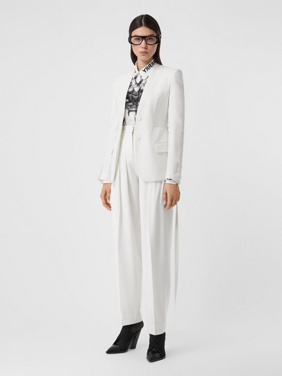 Grain De Poudre Wool Pleated Trousers in Snow