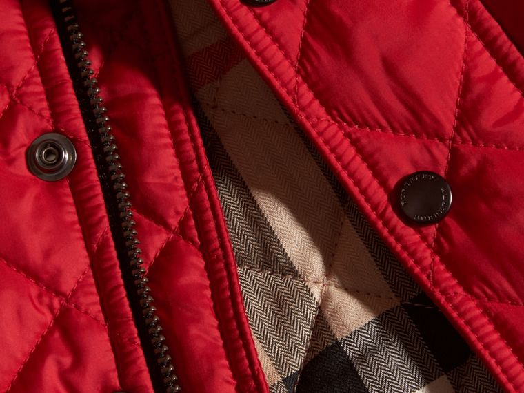Lightweight Quilted Jacket in Bright Cherry Red - cell image 1