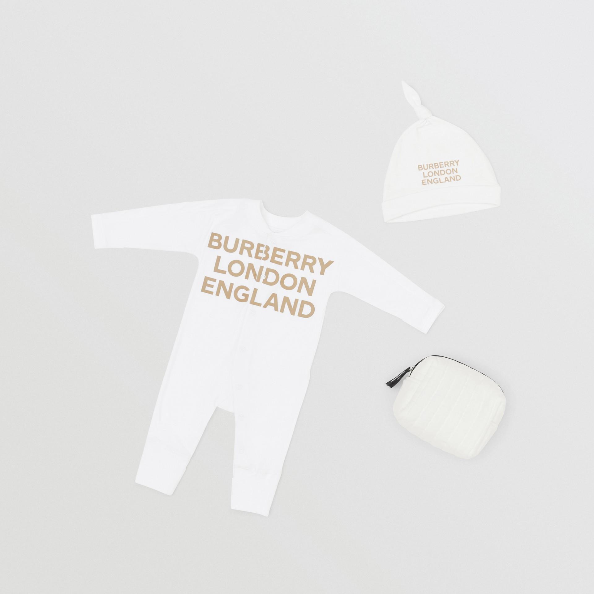 Set regalo da due pezzi in cotone biologico per neonato con stampa del logo (Bianco) - Bambini | Burberry - immagine della galleria 0