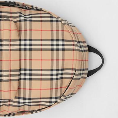 Mochila de nylon em Vintage Check (Bege Clássico) | Burberry