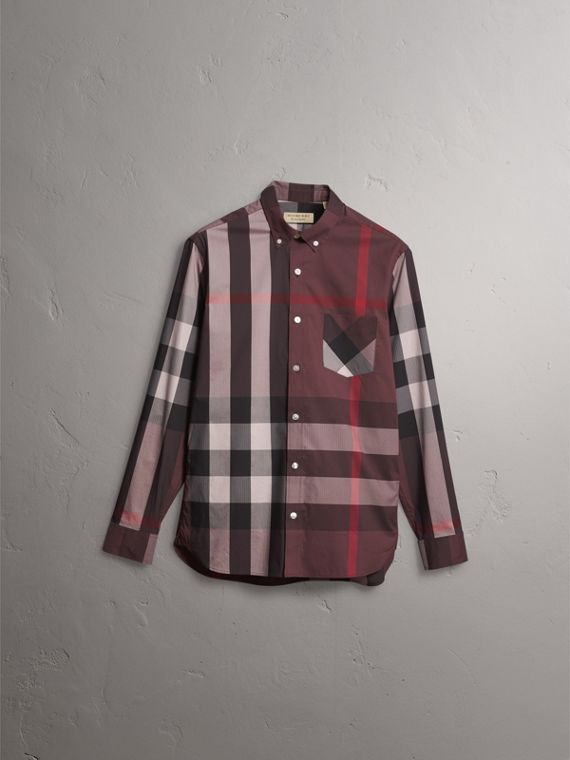 Camicia in misto cotone stretch con motivo tartan e colletto button-down (Rosso Mogano) - Uomo | Burberry - cell image 3