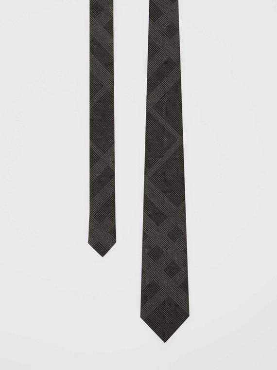Gravata de seda com estampa xadrez e corte clássico (Cinza Escuro Mesclado)