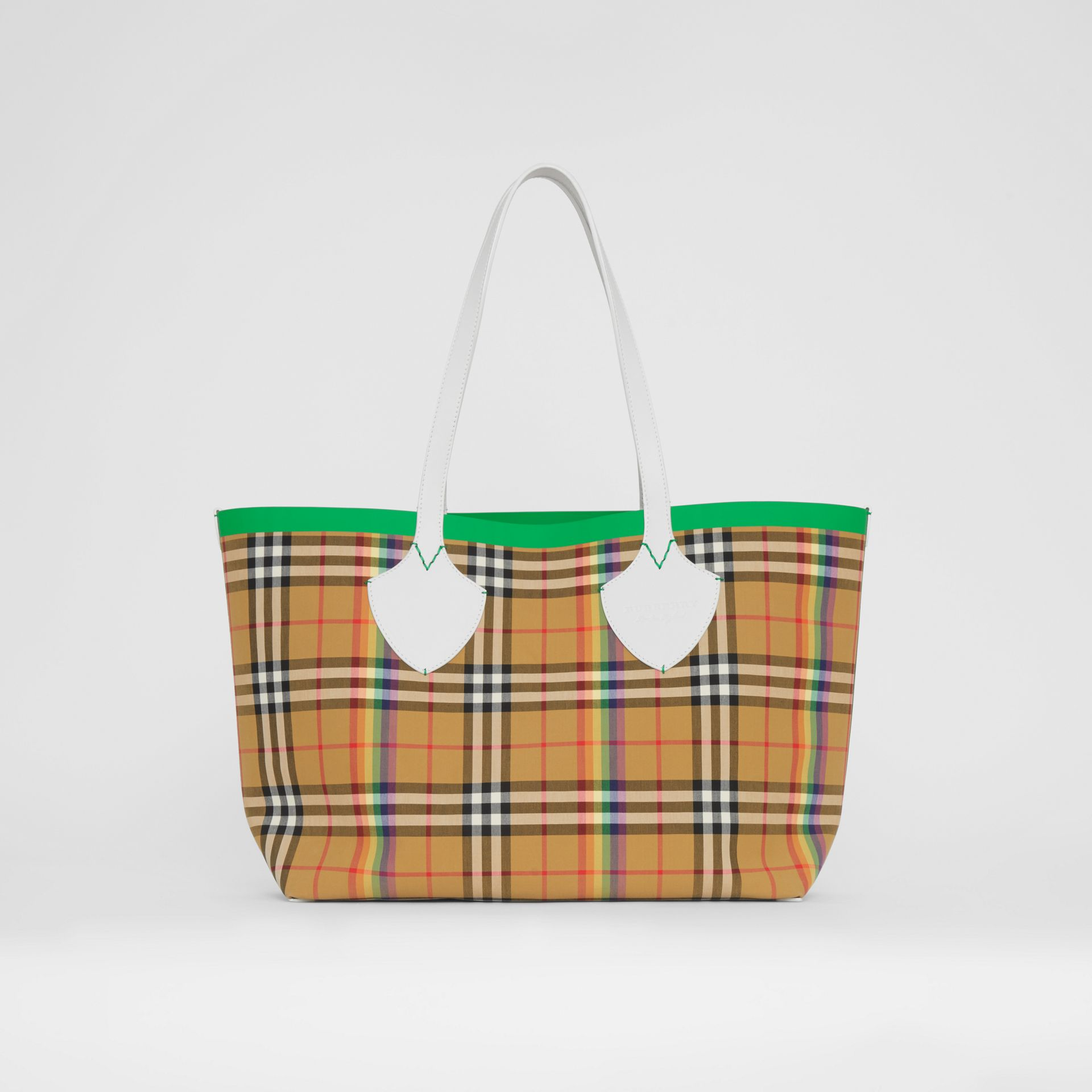 The Medium Giant Tote in Rainbow Vintage Check in Antique Yellow | Burberry United Kingdom - gallery image 0