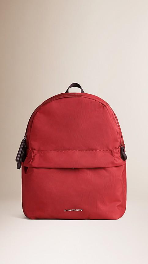 Rouge parade Sac à dos en nylon avec éléments en cuir - Image 1