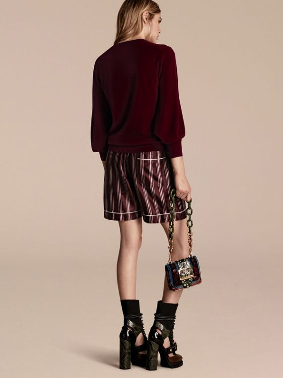 Puff-sleeved Cashmere Sweater in Burgundy - cell image 2