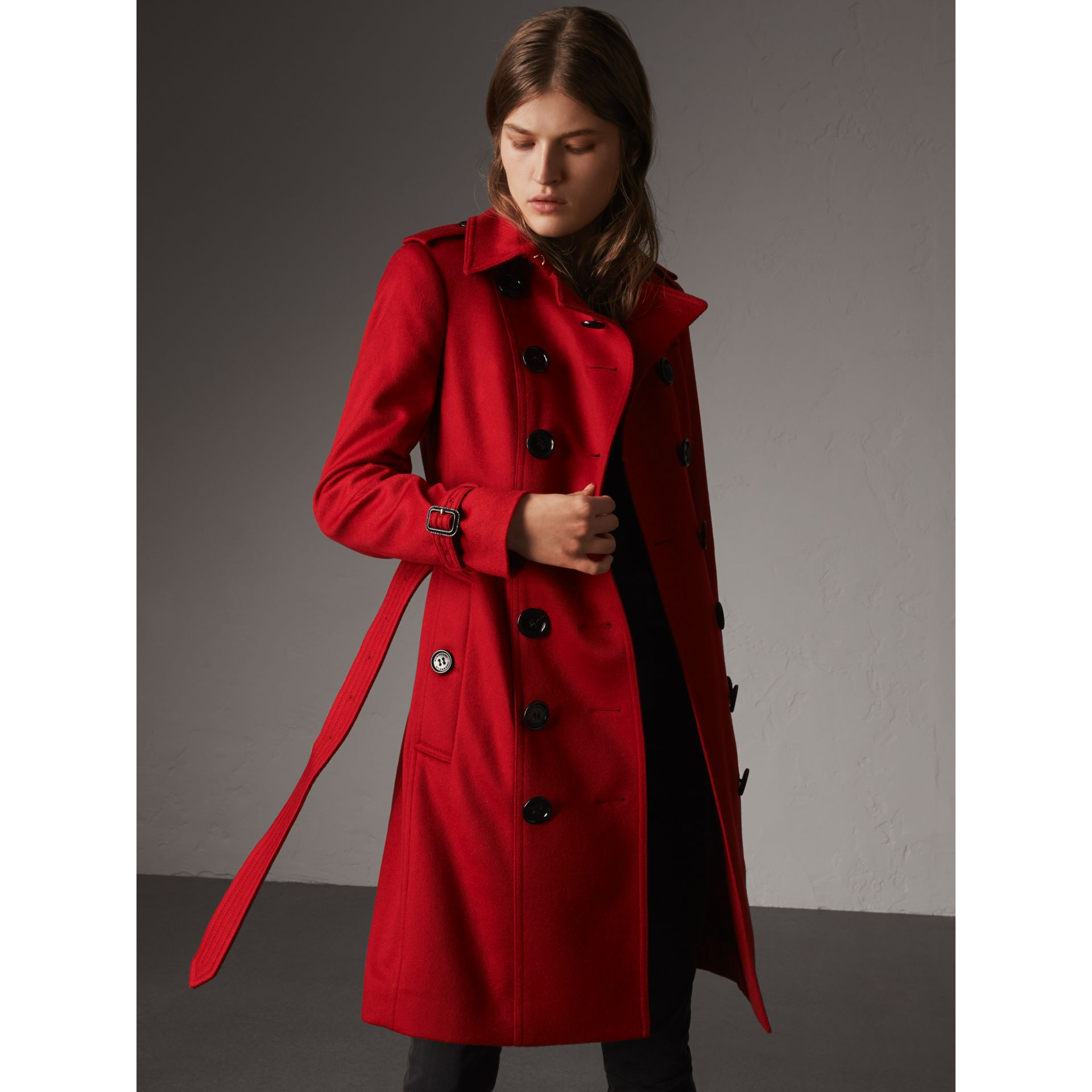 Sandringham Fit Cashmere Trench Coat in Parade Red - Women | Burberry - gallery image 4