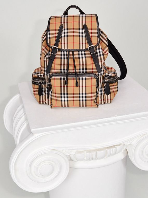 The Large Rucksack in Vintage Check in Antique Yellow - Men | Burberry United Kingdom - cell image 2