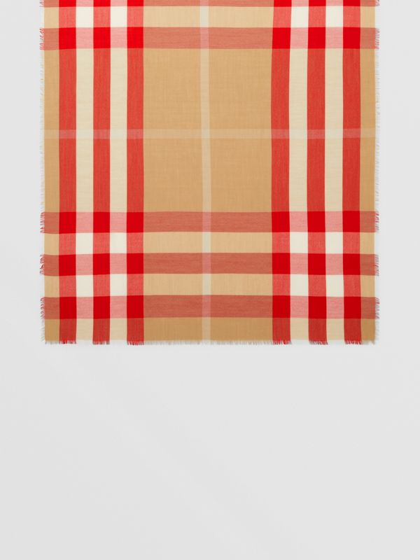 Lightweight Check Cashmere Scarf in Archive Beige/red | Burberry United Kingdom - cell image 3