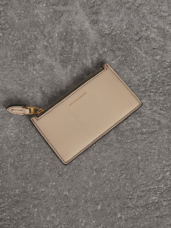 Two-tone Leather Card Case in Limestone